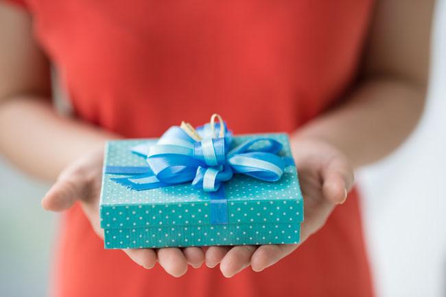 火遊び願望度がわかる【心理テスト】男友達の誕生日、何をプレゼントする?