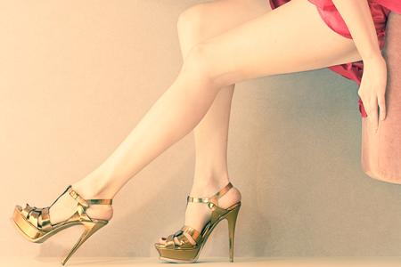 12星座別・ちょい足しモテポイント! 蠍座は声、魚座は美しい靴!!