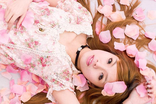 恋に効く色=ピンクは本当? 春になるとピンクが流行するワケ