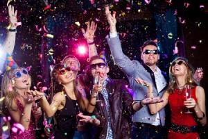 12星座ランキング【お酒の席でのハメ外し度】牡羊座は酔いつぶれてラブホテルへ!?