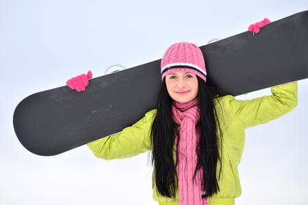 【NG風水】玄関にスノーボード板を置いている人は、収入や貯金が減ってしまう!