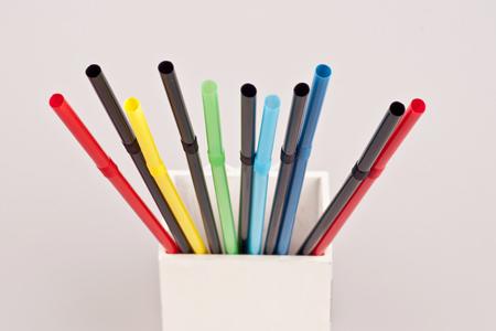 赤、黄、青、緑、黒……気になる色でわかる疲れの原因