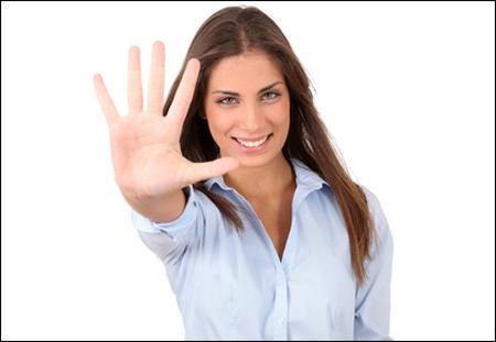 手のふくらみでわかる隠れた才能 小指下がふっくらしている人は話術の達人!