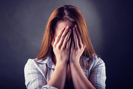 【心理テスト】友達の結婚話にどう思うかでわかる、あなたの心の闇度