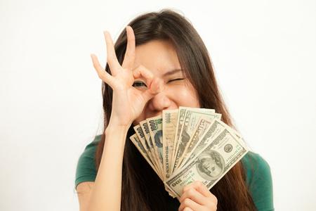 2014年下半期の金運 牡牛座は着実に貯金を増やせる! 乙女座は収入減……