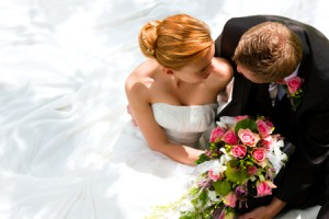 【カラー診断】結婚式のお色直しドレス、着たい色でわかる理想の結婚生活