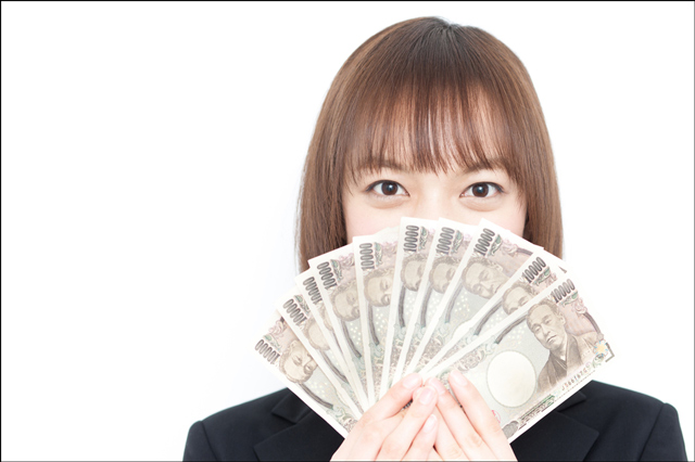「節約女子」から「貯蓄女子」へ! お金が貯まりやすくなる4つの方法