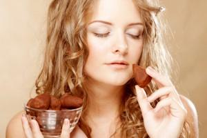 【らくらく風水】チョコレートを食べると、緊張しがちな人間関係を円滑にしてくれる!
