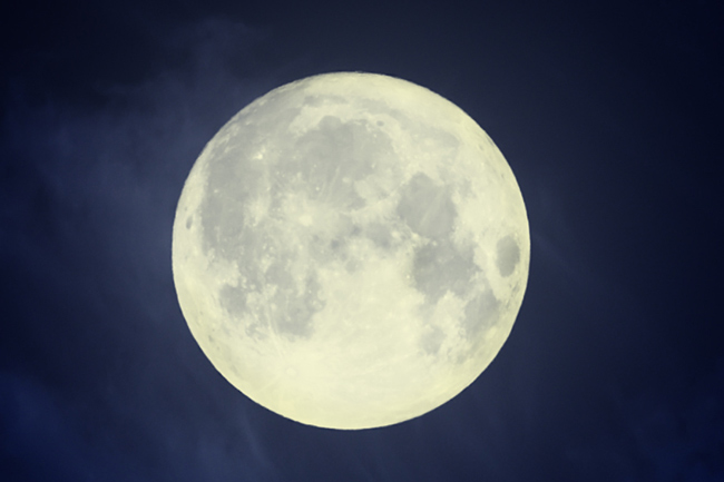 9月9日は魚座の満月 わだかまりを手放して大きな癒やしを手に入れよう!
