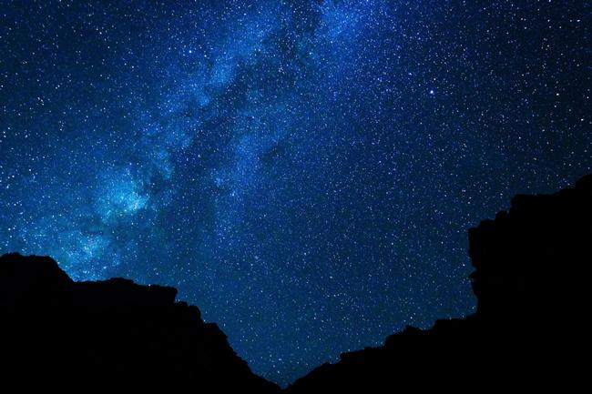 9月24日は天秤座の新月 洗練された美しさと調和の力が手に入る日