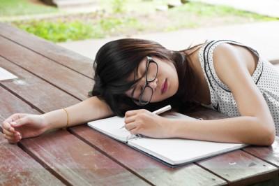 【癒やし占い】あなたが疲れを感じやすい状況は?