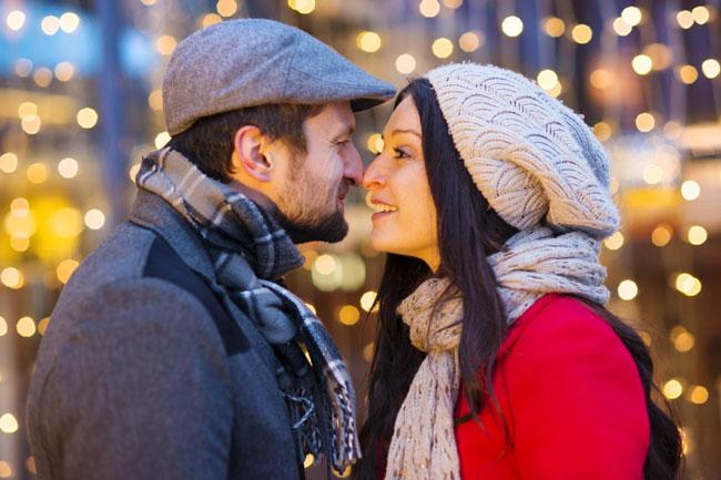 12星座【クリスマス恋愛運】ランキング 第1位蠍座はクリスマスの恋のヒロイン!
