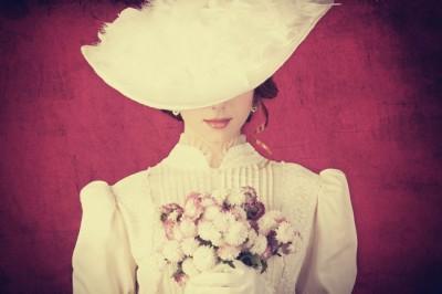 12星座【高嶺の花】ランキング 天秤座は気品あふれる高嶺の花!