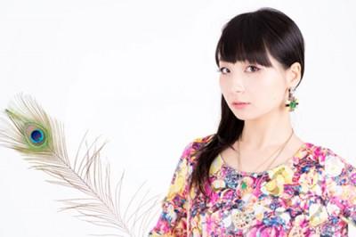 【12星座女の魅力】双子座は知的美人!