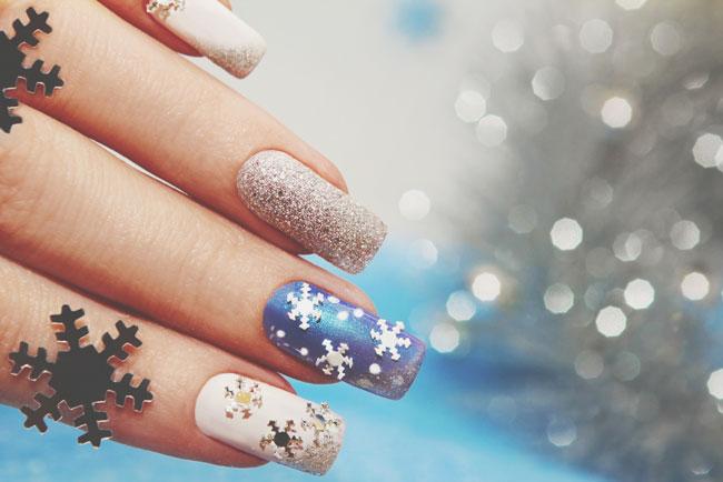 恋をかなえるクリスマスネイル 想いを伝えたい人は人差し指に星モチーフを!