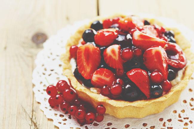 【心理テスト】イチゴ、チョコ、モンブラン、チーズ……好きなケーキでわかる、あなたがハマる危険な恋