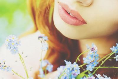 男性に愛される女性の人相 ふっくら唇は男性からたくさんの愛情を注がれる!