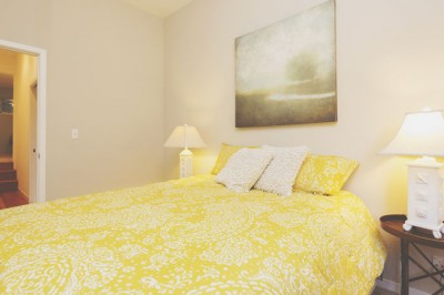 西の寝室は高級寝具で金運アップ!