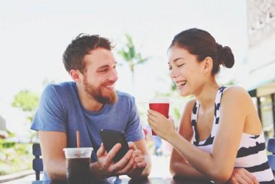 10の質問でわかる【隙のある女度】男が近寄りやすい雰囲気、漂わせてる?