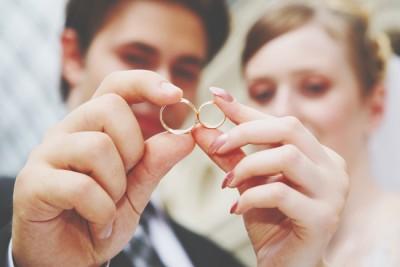 一目惚れ結婚は離婚率が低い!? 結婚のエトセトラ