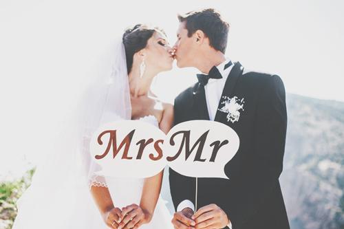 【無料占い】「占ってもらうだけで結婚が近づく」話題のスージーが占うあなたの結婚