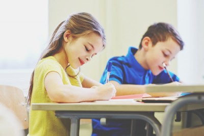 【12星座人生あるある】乙女座は「授業中が一番落ち着く……」無茶振り同級生にハラハラ幼少期