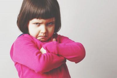 【12星座人生あるある】現実派・水瓶座幼児「サンタ?(冷笑)」子どもだましは通じません!