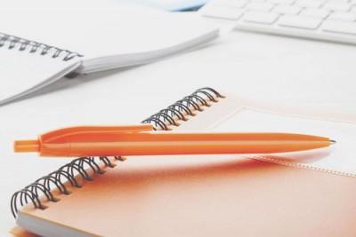 【12月のカラータロット】ラッキーカラーは「オレンジ」仕事運アップはオレンジペン!