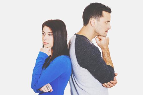 男女による浮気心理の違い 男性は「肉体的浮気」がNG、女性は「感情的浮気」がNG!