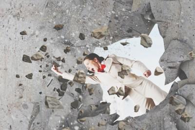 12星座【壁にブチ当たったときの対処法】乙女座は立ち向かうより、逃げるが勝ち!