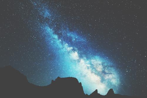 10月1日は天秤座の新月 2017年秋までの幸運を願える日!