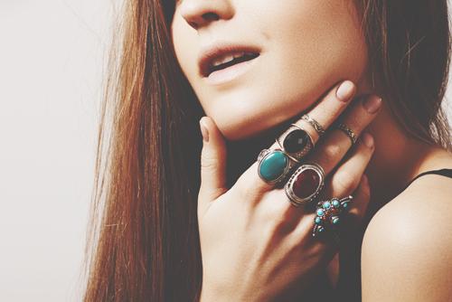【風水検定/第14回】恋人が欲しい人は、どの指に指輪をつけるといい?