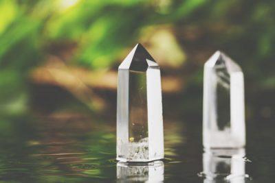 今年たまった邪気は「水晶」で浄化しよう! 年末大掃除に取り入れたい水晶邪気払い掃除