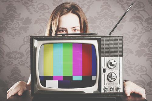人を楽しませる魅力がわかる【テレビ番組占い】ニュース、ドラマ、バラエティ……あなたはどれ?