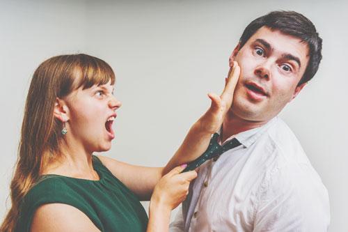 12星座【恐妻家】ランキング 蠍座男性は結婚生活を「我慢」と捉えている!