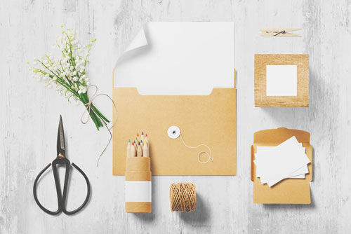 役立つ力がわかる【紙占い】折り紙、段ボール、包装紙……たとえるなら何?