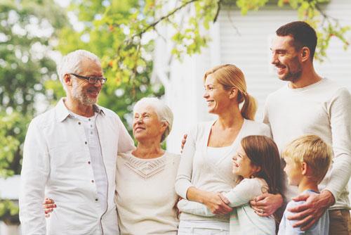 12星座【家族思い】ランキング 蟹座は長い休みには家族旅行を計画する!