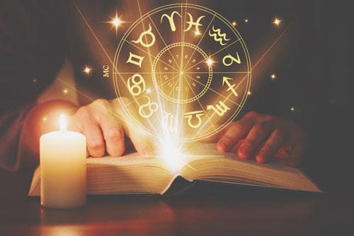 【西洋占星術特集】運勢、恋愛相性など、鏡リュウジら西洋占術の人気占い師が占う!