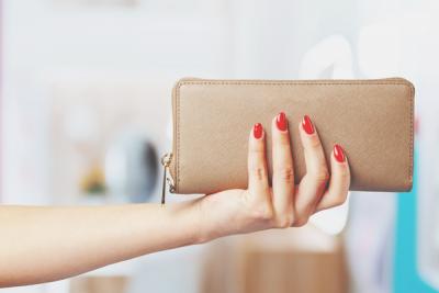 運気アップの財布は!? 開運チェックで自分に合った財布を選ぼう!