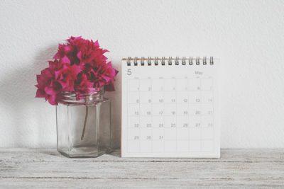 誕生日で占う【2018年開運カレンダー】運命数2の人は実用的カレンダーが吉!