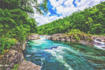 【心理テスト】川の渡り方でわかる危機回避能力