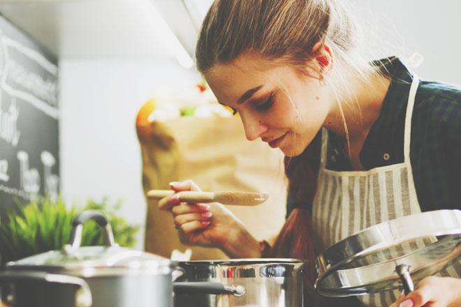 12星座【おふくろの味上手】ランキング 山羊座にとって定番料理=おふくろの味こそ王道!