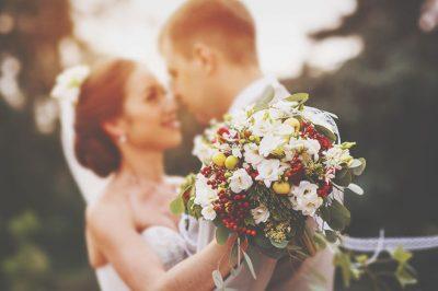 【無料占い】結婚への第一歩! 運命の人との「出会い」を占う