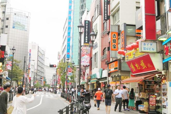 瀧天貴の【山手線パワースポット】池袋は健康運アップの街、中華料理を食べてパワーチャージ!