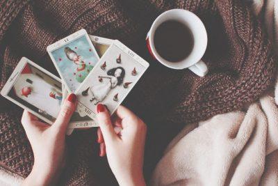 【無料占い】あなたに贈るカードからのアドバイス ステラ薫子のタロット占い