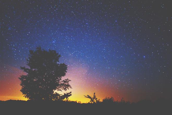 【4月の惑星予報】大きな星たちが逆行を開始する1カ月 じっくりと物ごとに取り組もう!