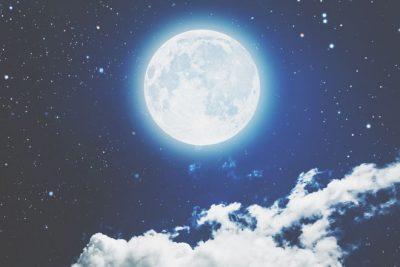 6月17日は射手座の満月 逃避願望を手放して、真の理想へと進もう!