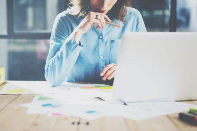 10の質問でわかる【仕事命度】仕事がないと生きていけない? プライベート重視派?