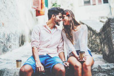 【無料占い】この恋は運命? 姓名判断で占う、生まれ持った2人の相性