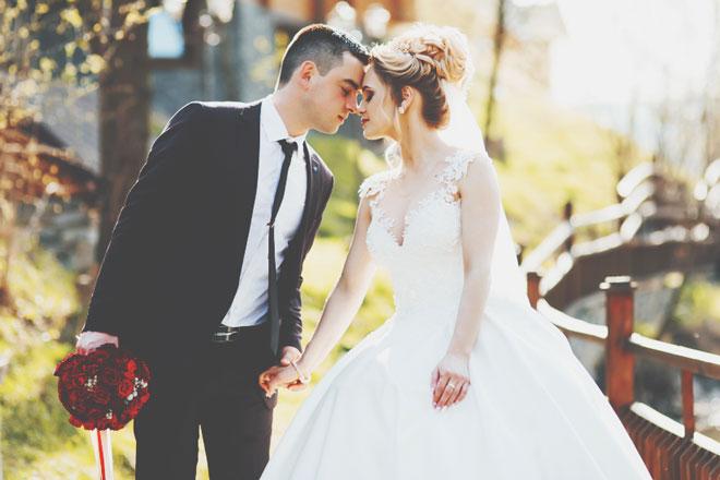 12星座【2019年残り3カ月の結婚運】双子座は結婚への本気度が試される時期!